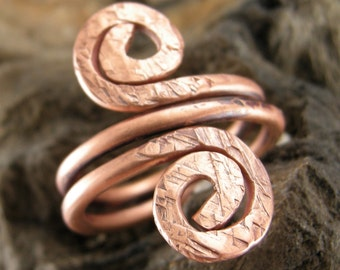 COPPER RING HAMMERED, Satin Hammered Finish,25 mm wide,Scrolls are 10 mm,comfortable fit,Size 6 1/2, Some use  copper to ease Arthritis pain