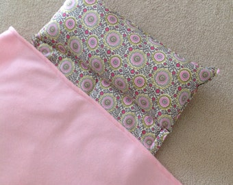 Personalized Nap Mat, Great for daycare, preschool or kindergarten, girls, cute flowers