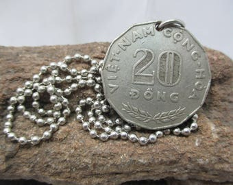 Vietnam 20 Dong 1968 coin  ball chain silver plated necklace 20 inches