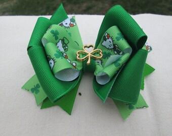 Hello Kitty St Patrick's Hair Bow, Double Boutique Hair Bow,Shamrock Green Hair Bow, Leprechaun  Bow, Toddler Hair Bow, St Paddys Day Bow