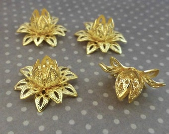 Free Shipping in UK - gold tone Brass Flower Bead Cap - Pack of 16