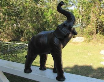 Vintage Fun Leather ELEPHANT