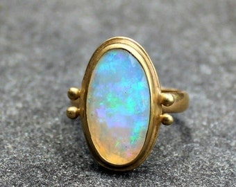 Opal Ring - Opal Gold Ring - Faceted Opal Ring - 18 kt Gold Ring - Solid Gold Ring - Ethiopian Opal - Welo Opal Ring - Large Opal Ring - 8.5