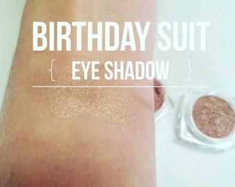 BIRTHDAY SUIT Mineral Make up EYE Shimmer - Vegan Friendly, Sparkly Eye Shadow, Mica Powder 5ml jar Eye Lid and Face Shimmer - Nude Pink