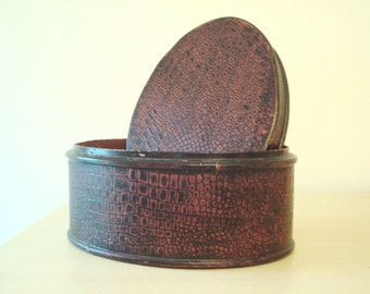 Oval hatbox, vintage wood hat box, oxblood & black textured snake print, antique hard-case box, bedroom storage container, Boardwalk Empire