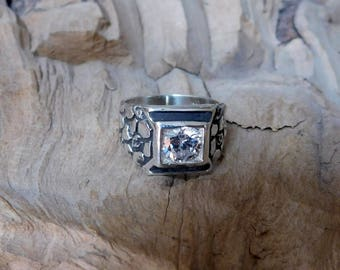 Nugget Style ring in Sterling Silver with Lab Created Diamond RF994