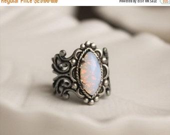 SALE Pin Fire Opal Navette Filigree Ring. Vintage Jewel Ring