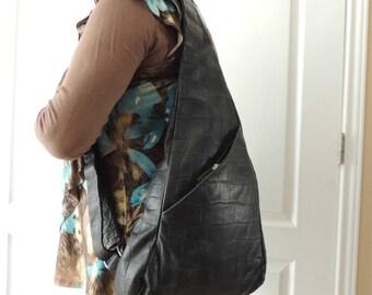 Marco Buggiani Black Leather Adjustable Sling Backpack. Unusual Italian Designer Textured Black Leather Purse. Genuine Black Teardrop Bag.
