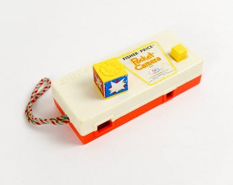 Vintage 1970s Collectible Toy / Fisher Price Pocket Camera 1974 A Trip To The Zoo / Good Working Condition