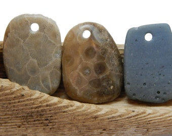 Petoskey stones and Leland Blue DIY Pendants, Lake Michigan finds, Jewelry Supplies, Slag Glass, Handcrafted Fossil Beads, Artisan Supplies