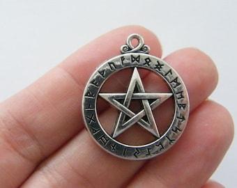 1 Pentagram charm antique silver tone HC34