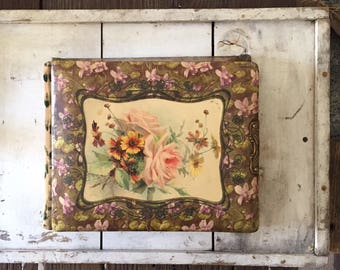 Antique celluloid photo album| with music box