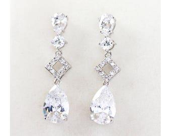 Bridal Earrings, Crystal Bridal Earrings, Simple bridal earrings, Bridesmaid jewelry - Leah Earrings