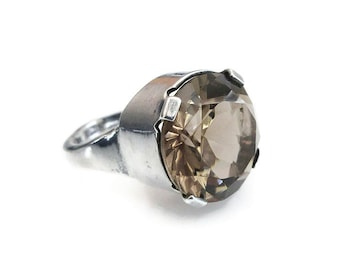 English Sterling Smokey Quartz  Ring - Ward Brothers, 10 Carat Stone, Birmingham, British Sterling, Vintage Ring, Vintage Jewelry, Size 8