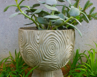 Mod stylized faux bois composite urn