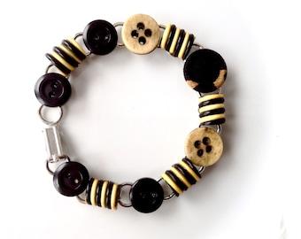 Licorice Swirl button bracelet