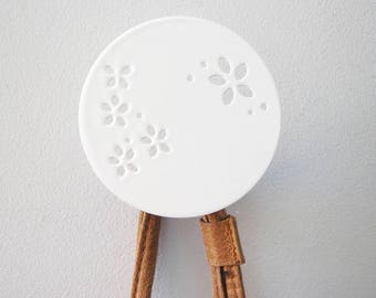 Wall hook. Circle wall hook. White wall hook. Nordic style. Kids room decor. Decorative hooks. Home decor. Necklace hanger. Bedroom decor.