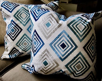 "COWTAN and TOUT Embroidered Blues 20x20"" Pillow Cover Blue Trim White Very Fresh!"