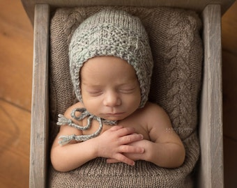 Knitted Baby hat, Newborn Baby Bonnet, Merino, blue, Newborn Photo Shoot Prop by Cream of the Prop