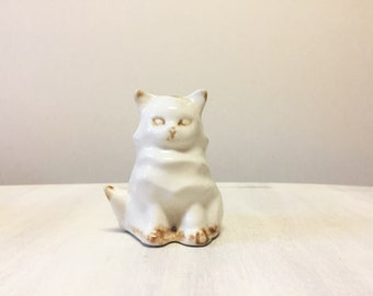 Cat pomander, vintage cat, cat figurine, vintage figurine, vintage pomander, potpourri holder, ceramic pomander, cat collectible, home decor
