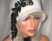 35%OFF SALE Crochet 1920's White Black Venise Lace Green Cats Eye Beads Cloche Flapper Hat