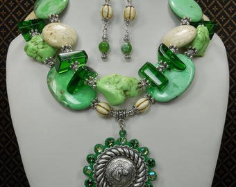 Cowgirl Western Necklace Set - Green Statement Necklace - Horse Pendant Jewelry - Green Chunky Statement Necklace - Pendant Necklace - DEVON