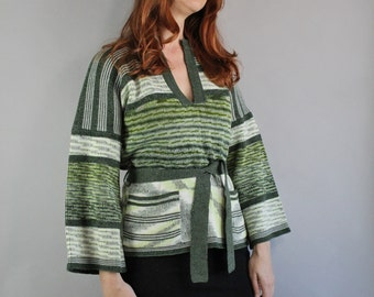 Vintage 70s 1970s Women's Forest Green Striped Hippie Bell Sleeve Tribal Boho Pullover Sweater