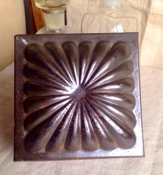 Antique french tin mold vintage ice cream jelly molds for Rustic home decor suppliers