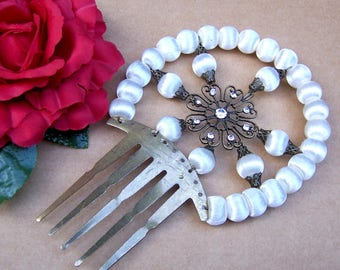 Traditional Spanish mantilla Art Deco style hair comb hair accessory white satin balls decorative comb headdress headpiece