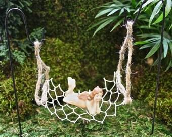 Hanging Wire Hammock