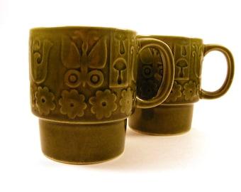Retro Stacking Mugs - Avacado Green Coffee Cups - Boho Hippy Mushroom Butterfly Bird Flowers - 1970s Japan - Ceramic Glazed - Mod - Set of 2