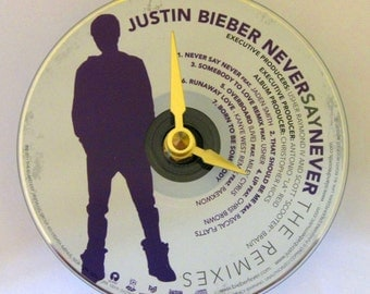 CD clock. Justin Bieber clock. Justin Bieber. Recycled CD. Music clock. Small wall clock.