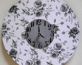 Wall clock. Unique wall clock. Flower clock. Large wall clock. Vinyl clock. Recycled vinyl record. Dining room clock.