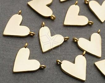 PD-1918-MG / 2 Pcs - Dainty Flat Heart Pendant, Small Heart Sideways Pendant, Love Charms, Matte Gold Plated over Brass / 11mm x 9mm