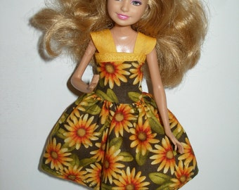 "Handmade 9"" little sister fashion doll clothes - green and gold floral print dress"