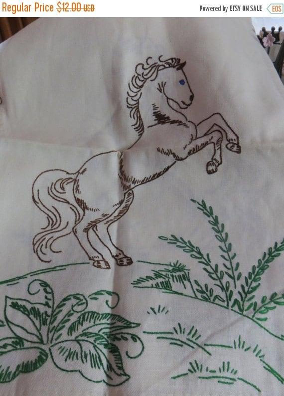 ON SALE Vintage Embroidered-HORSE--Runner-Dresser-Vanity-Mint