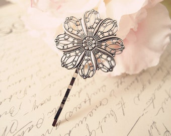Victorian filigree flower bobby pins-medieval-shabby chic-steampunk-Victorian V048