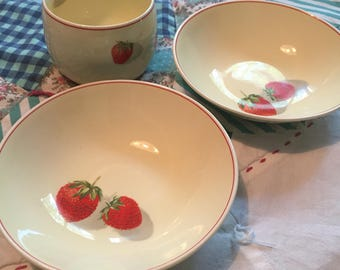 Vintage 3 Piece Set 2 Berry Bowls 1 Tea Cup Strawberries Cavitt Shaw W S George Made in The USA #4151