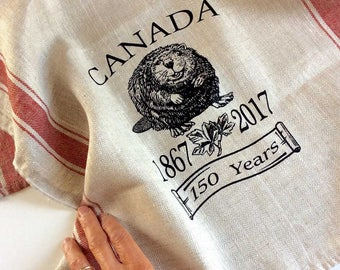 Canada 150 Tea Towel, Vintage-Style  Linen Dish Towel, Screen Print Beaver Tea Towel