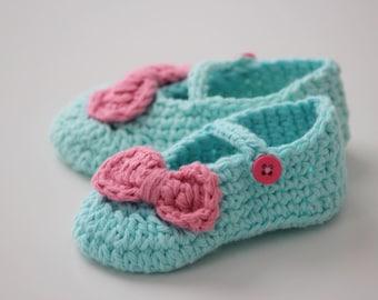 Baby girl booties, crochet mary jane slippers