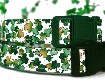 St. Patrick's Day Shamrocks Dog Collar