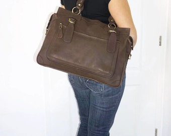 Leather handbag tote handbag cross-body bag Rina XXL in mocha brown fits a 17 inches laptop