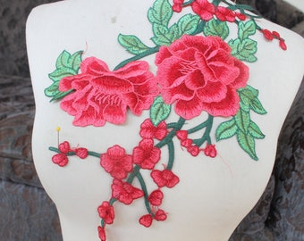 Cute embroidered  flower applique 1 piece  listing  red color