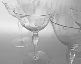 Crystal Coupe Champagne Glasses Champagne Coupes Etched Glass Crystal Stemware Cocktail Glasses Pair Crystal Wedding Glasses