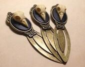 Ornate Antique Brass Highly Detailed Replica Raven Skull Bookmark