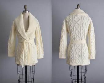 70's Wrap Sweater // Vintage 1970's Handknit Ivory Cable Knit Wrap Sweater M