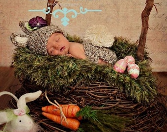 Easter Grass Dark Green Photo Prop Baby Photography Prop. Newborn Prop Moss 'Grass' Blanket, 24 inch X 24 inch Hand Knit Easter Prop