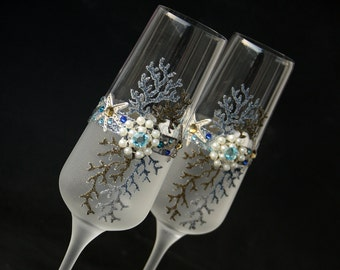 Beach Wedding Champagne Glasses, Wedding Glasses, Champagne Flutes, Starfish Wedding, Hand painted, Set of 2