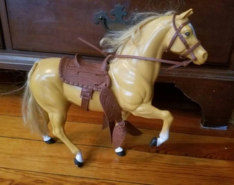 Vintage Mattel Barbie's Horse Dallas Palomino Made in the USA Saddle Bridle 1980