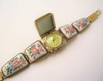 Vintage Russian Porcelain Roses Ladies Wrist Watch from CHAIKA